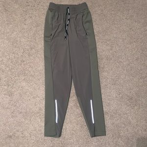 Nike Joggers XS Olive green